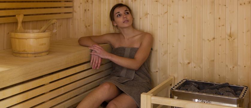 france_portes-du-soleil-ski-area_morzine_hotel-les-airelles_sauna.jpg